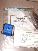 Swagelok 304-S1-PP-6T Tube kit 3/8 Bolted Plastic Clamp Tube Sup